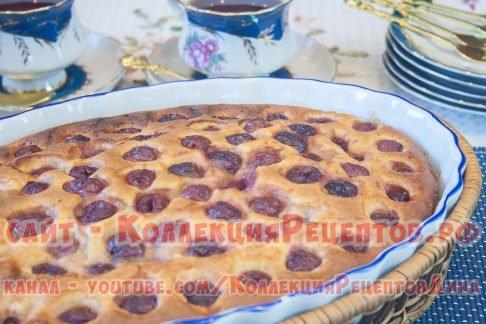 заливной пирог с творогом и вишней
