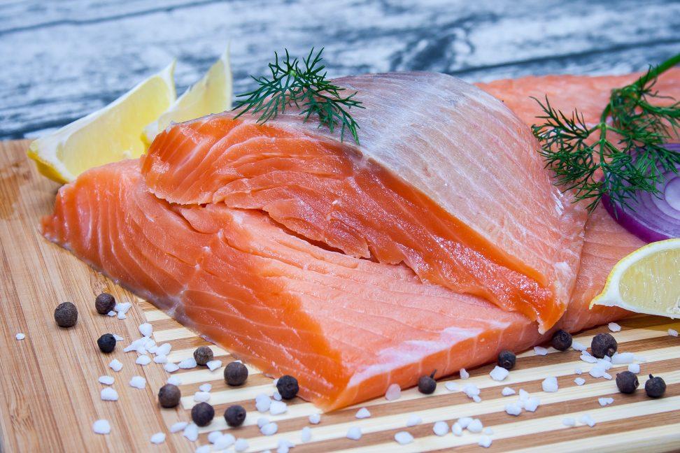 засолить красную рыбу в домашних условиях