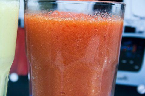 Как приготовить смузи из помидоров в блендере RawMid Dream Modern 2 BDM-06